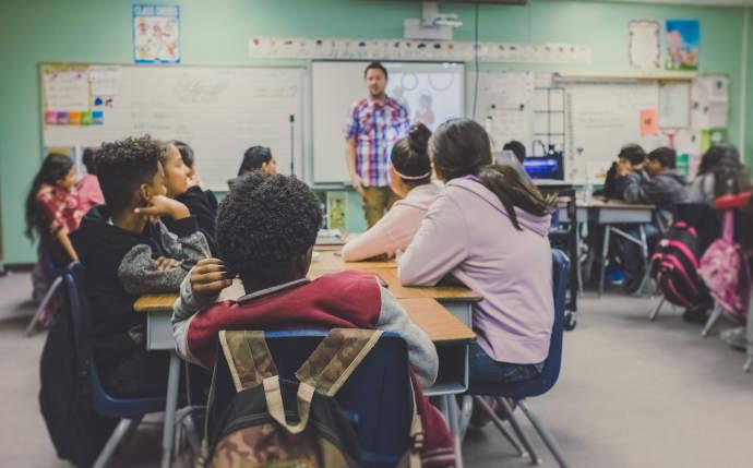 sensors indoor air quality classroom Airguard
